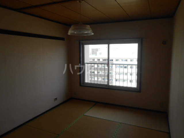 ドリームハイツ9号棟 907号室の居室