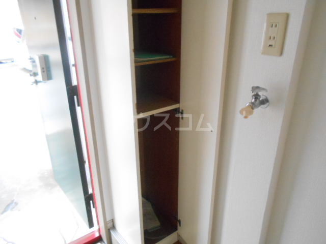 すみれⅢ 103号室の収納