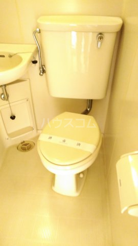 サンパールヒルズ 202号室のトイレ