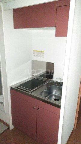 レオパレスウェール 205号室のキッチン