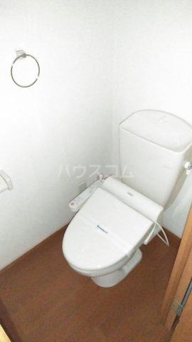 レオパレスウェール 205号室のトイレ