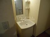 ガーデンパレス富士 302号室の洗面所