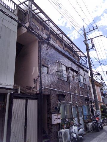 秋山マンション外観写真
