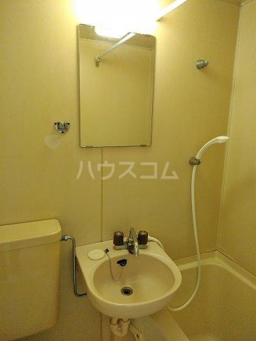 コーポ立花 101号室の洗面所
