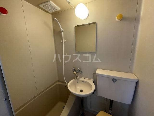 エスポワール両国 201号室の洗面所