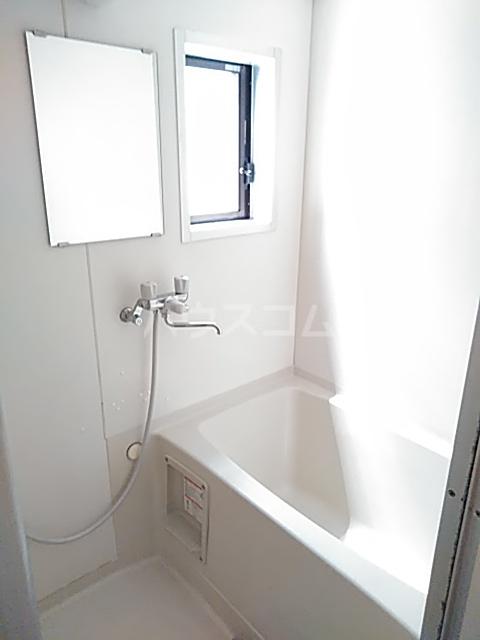 サングレース 102号室の風呂