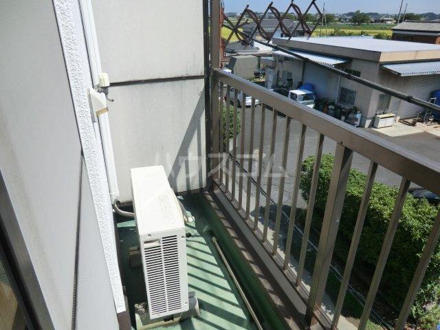 オオツキアパート 302号室のバルコニー