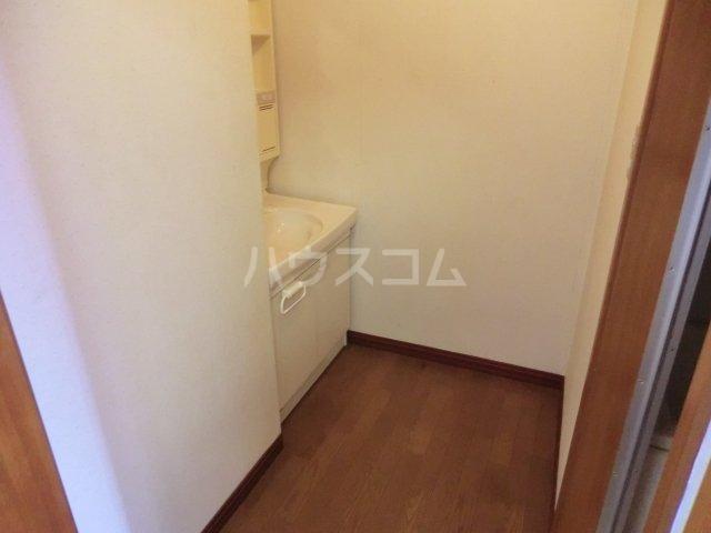 オオツキアパート 302号室のその他
