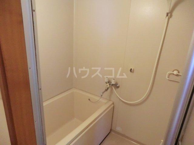 オオツキアパート 302号室の風呂