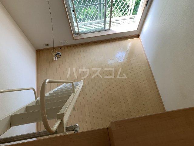 ハーミット横浜 101号室の居室