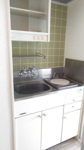 ウィンベルソロ新小岩第2 405号室のキッチン