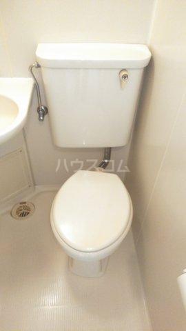 ウィンベルソロ新小岩第2 405号室のトイレ