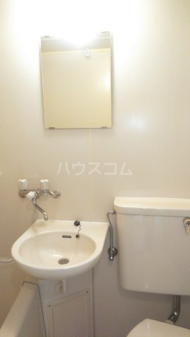 ウィンベルソロ新小岩第2 405号室の洗面所