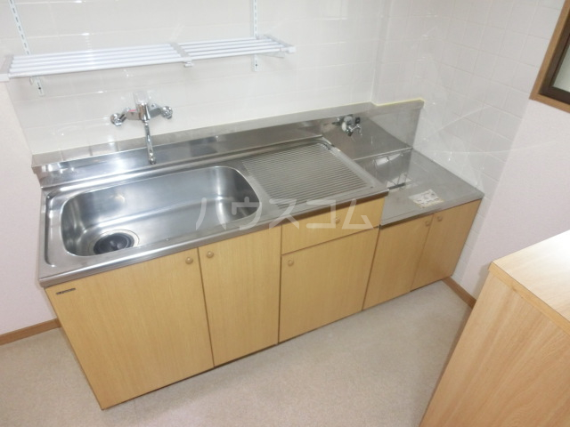 コーポハマ氷川 202号室のキッチン