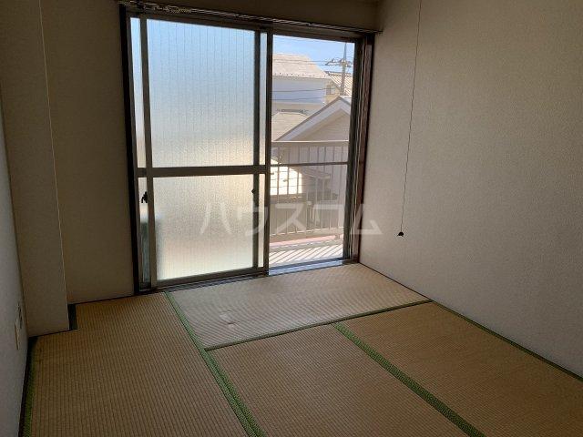 東洋コーポ 301号室の居室