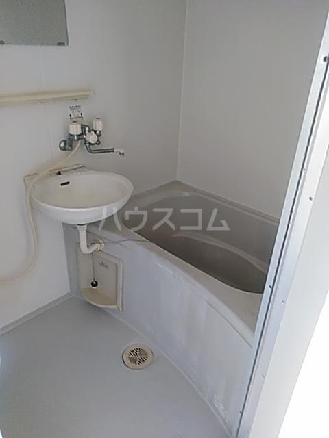 マウイハウス 202号室の風呂