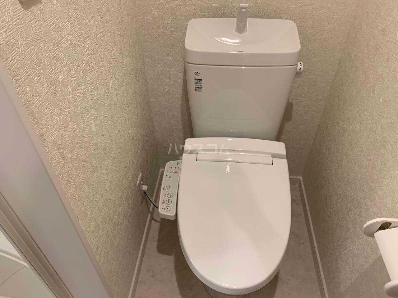 ファインホース白百合 102号室のトイレ
