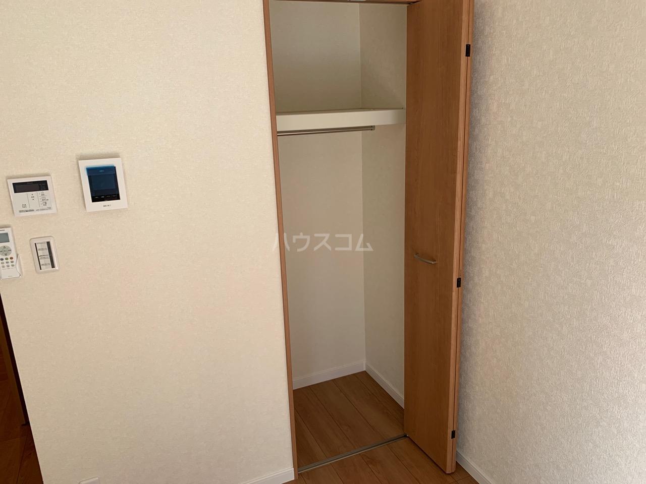 ファインホース白百合 202号室の収納