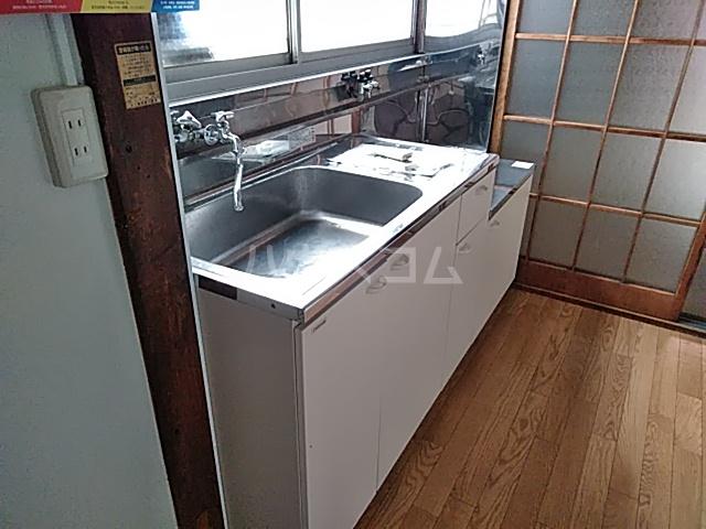 第二鈴喜荘 101号室のキッチン