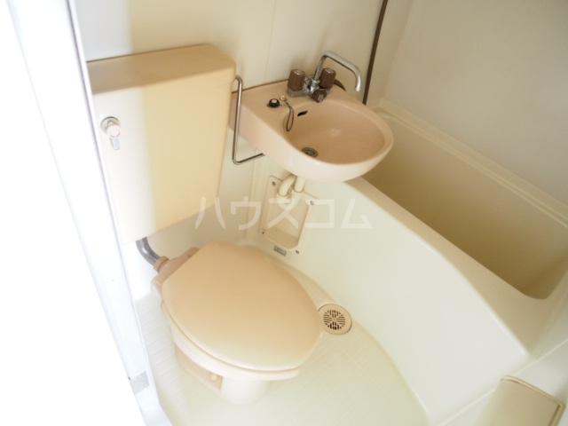 アミューズメントⅢ 101号室のトイレ