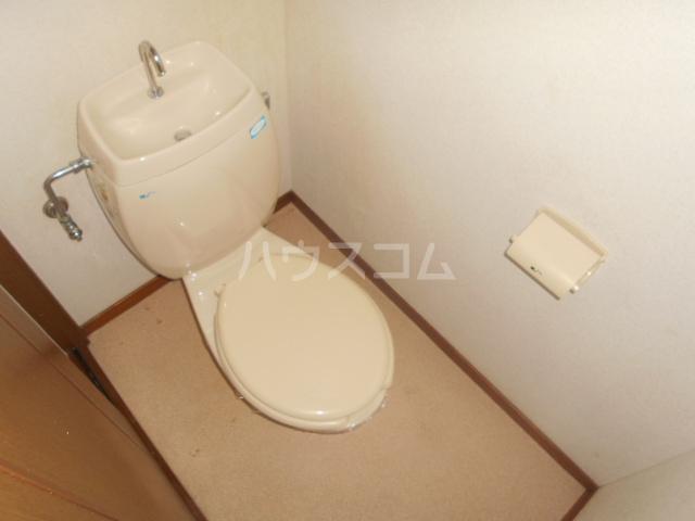 ヴィラネル東姫宮A 201号室のトイレ