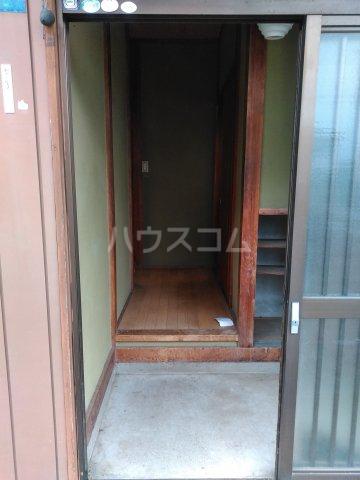 貸家D(宮代町本田)の玄関