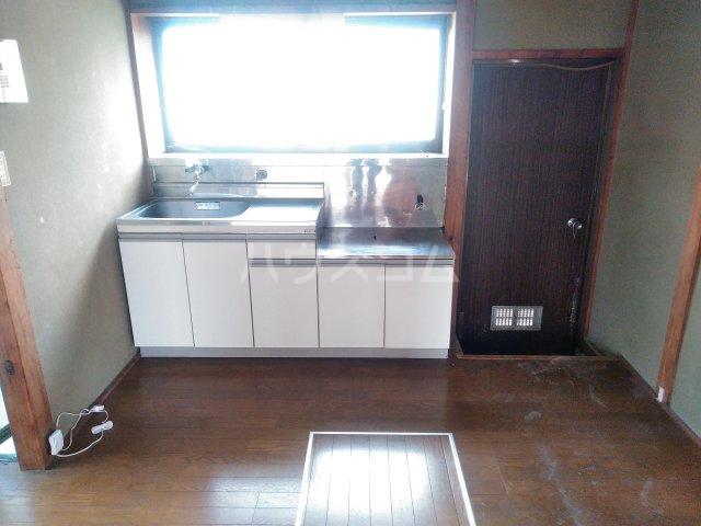 貸家D(宮代町本田)のキッチン
