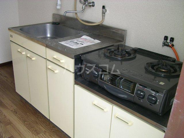 コブチコーポ 206号室のキッチン