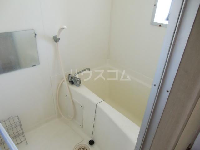 リバーサイド斉藤 202号室の風呂