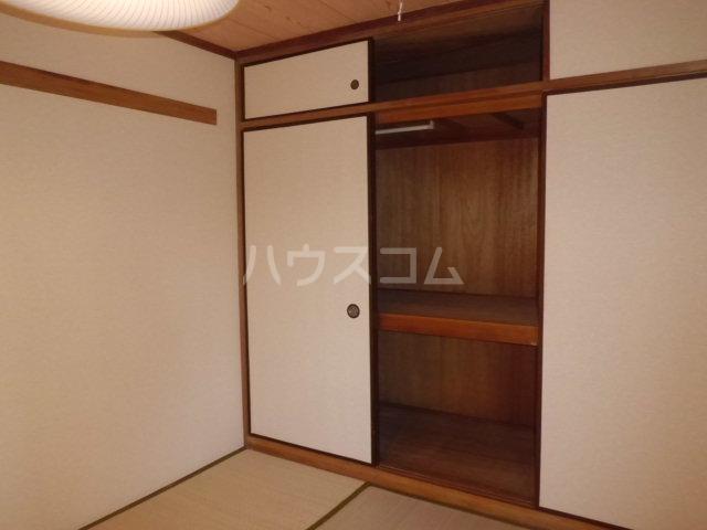 グランドハイム秋元 301号室の収納
