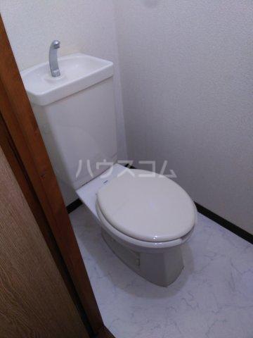 ハイツスプリング 102号室のトイレ