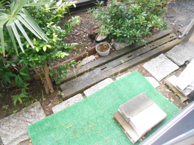 リバー橋本 1号室の庭