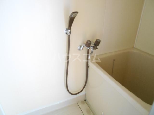 リバー橋本 1号室の風呂
