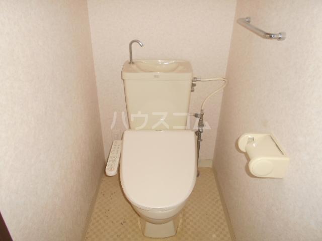 ライオンズマンション春日部第6 1205号室のトイレ