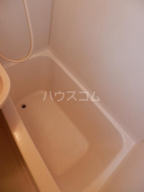 ラサール青柳 102号室の風呂