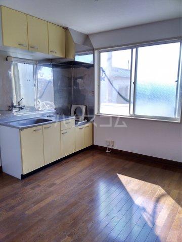 オレンジハウス森田弐番館 203号室のキッチン