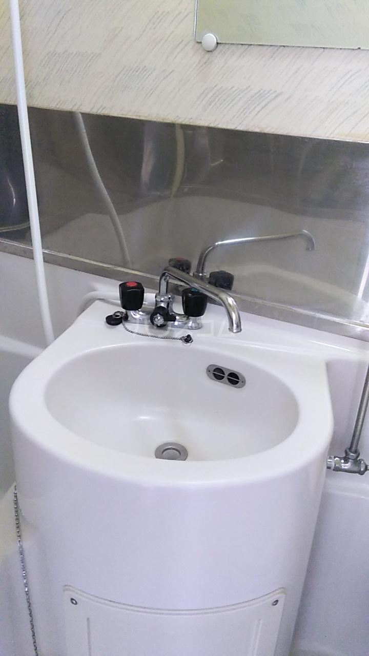 三井ハイツ 205号室の洗面所