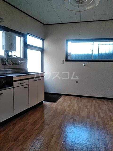 横山荘 101号室のリビング