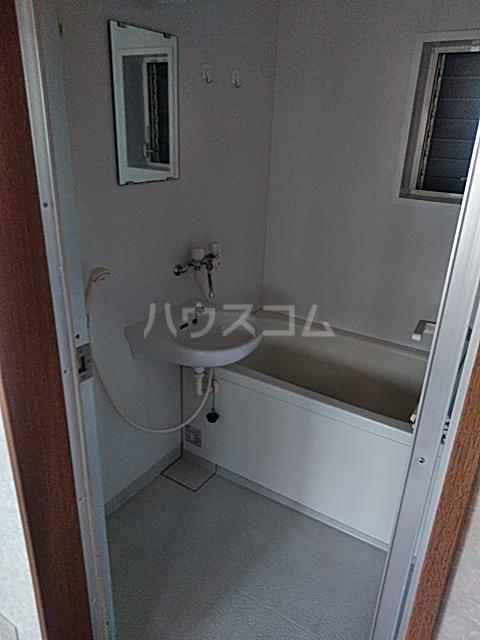 横山荘 101号室の風呂