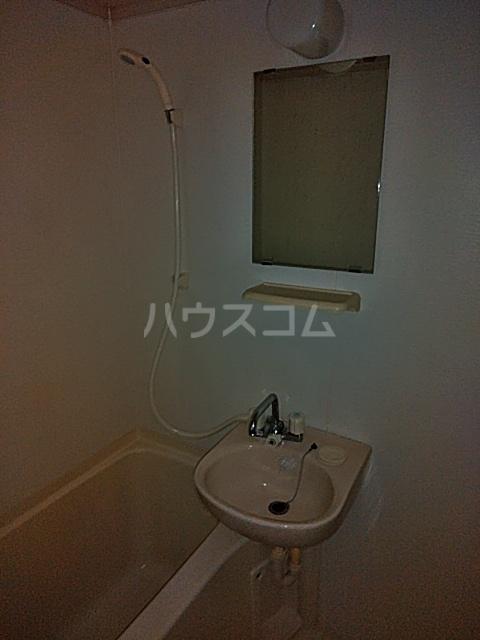 アルバティアラ 205号室の風呂
