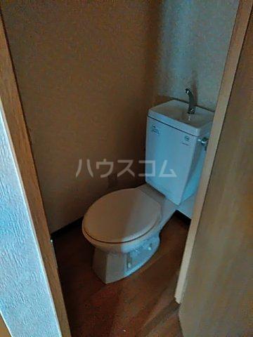 アルバティアラ 205号室のトイレ