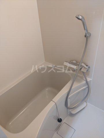 スカイステージ南千住 401号室の風呂
