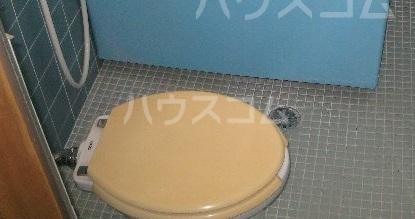 メゾン深大寺 201号室のトイレ
