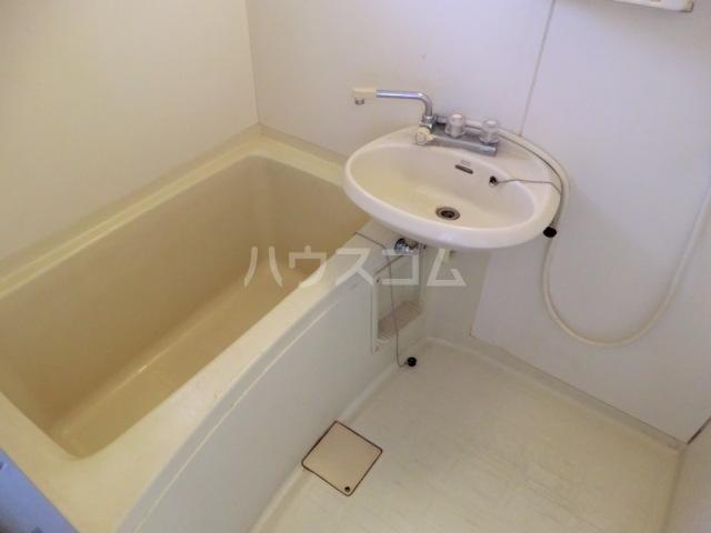 アネックスKⅡ 205号室の風呂