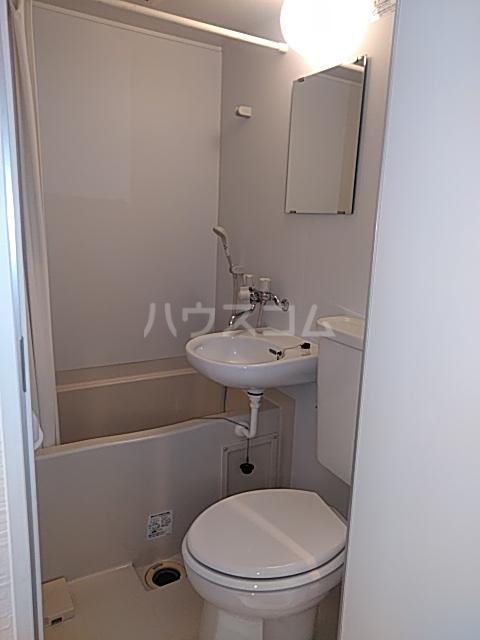 諸星荘 203号室の風呂