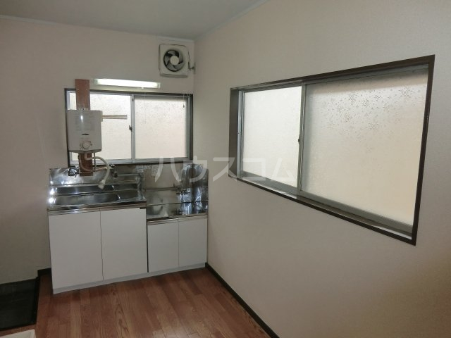 コーポ青藍 2F-1号室のキッチン