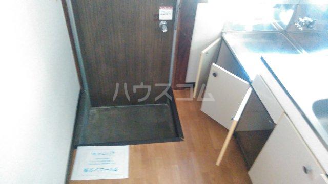 コーポ﨑玉 202号室の玄関