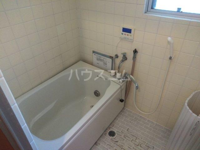 コーポ由利 102号室の風呂