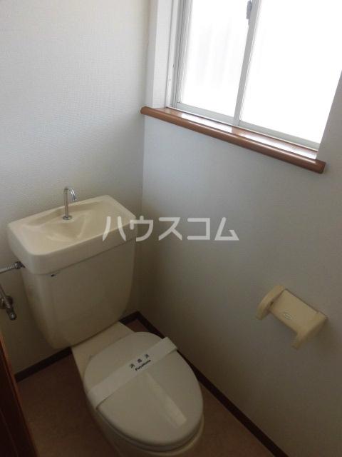 グリーンハイツ 202号室のトイレ