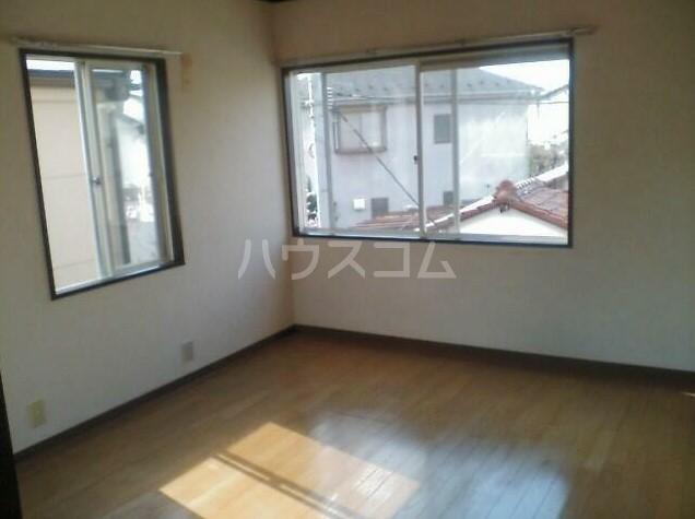 KOU 201号室の居室